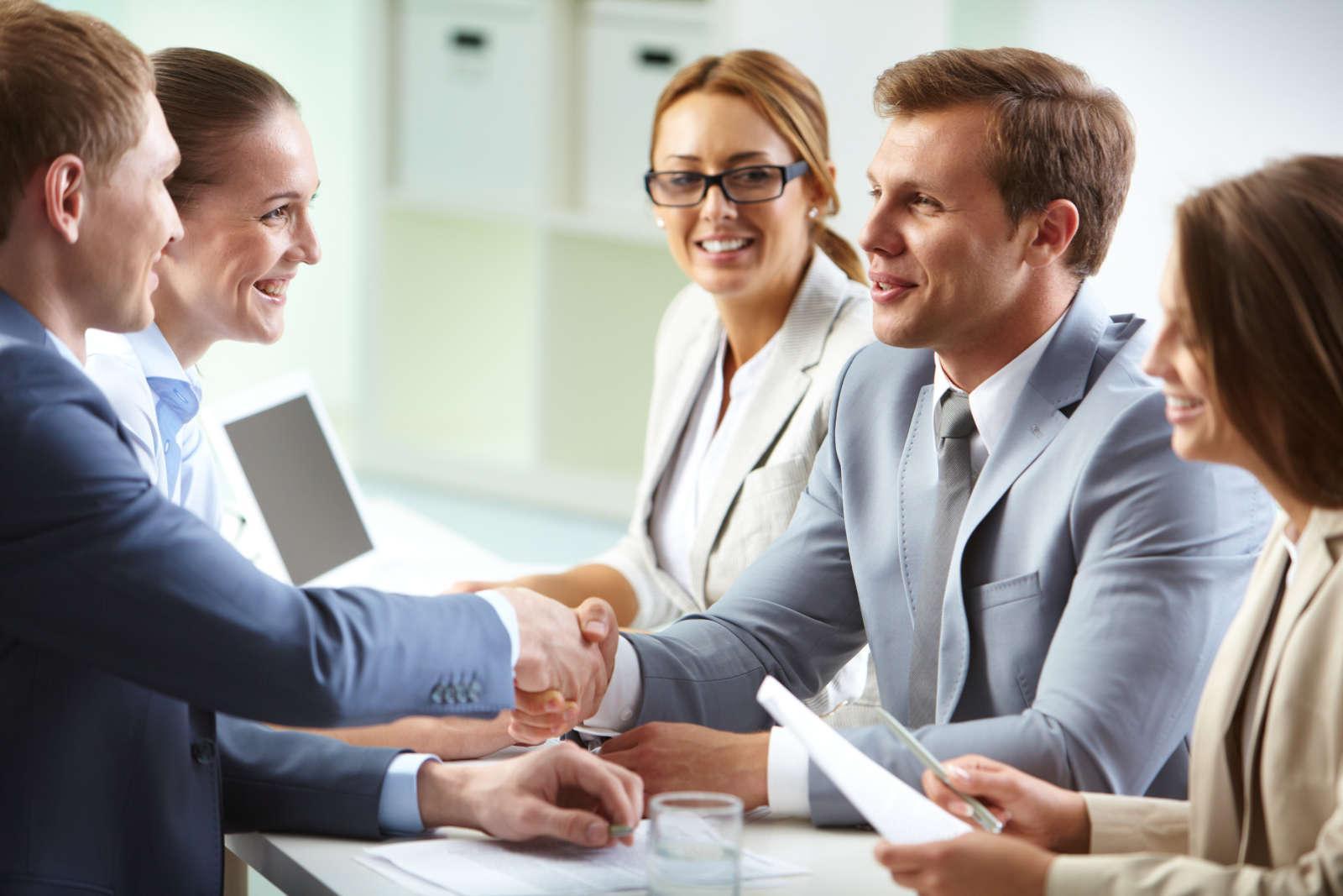 уровень удовлетворенности клиентов