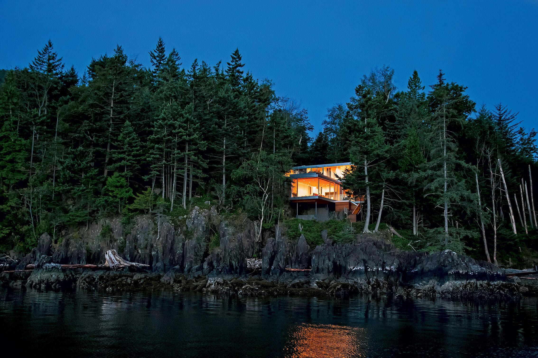 купить остров с домом и условиями