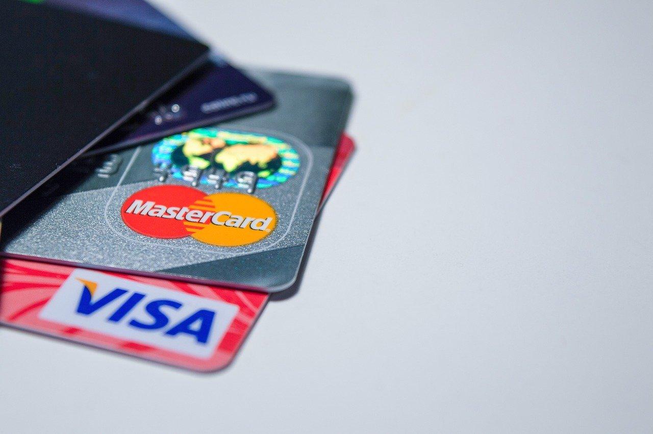 В чем разница между залоговыми и беззалоговыми кредитами?